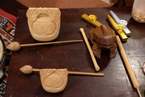 strumenti musicali in legno